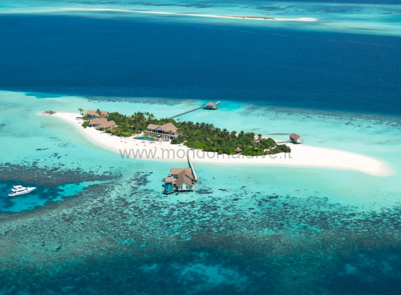 Four Seasons Private Island Voavah Baa Isole Maldive