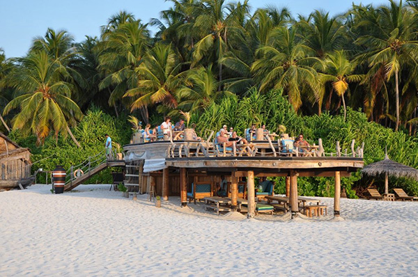 Aaavee Nature's Paradise Beach Bar