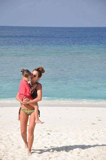 bimbi e genitori alle maldive