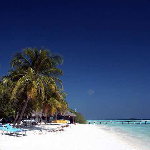 tempo alle Maldive limpido