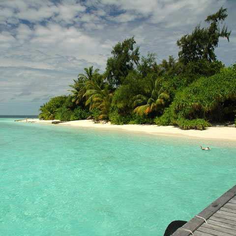 tempo alle Maldive velato