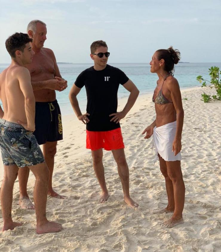 Jorge Loenzo 4 chiacchere in spiaggia